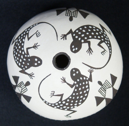 Acoma Pueblo Pottery Seed Pot by Dolores Lewis With Stylized Lizards Dolores Lewis 1938