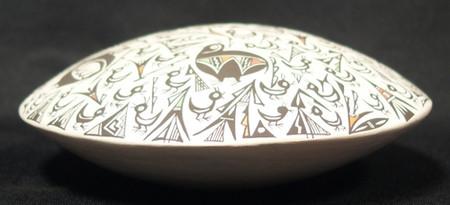 Acoma Pueblo Pottery Seed Jar Eva Concho b. 1966 Acoma Pueblo Pottery Seed Jar