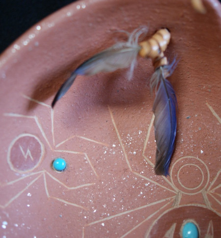 Barbara Gonzales Tahn Moo Whe San Ildefonso Pueblo Pottery Spider Micaceous Bowl