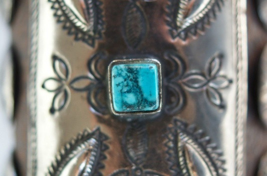 Vintage Navajo Indian Turquoise Tooled Silver Ketoh Bow Guard Bracelet Vintage Navajo Indian Turquoise Tooled Silver Ketoh Bow Guard Bracelet