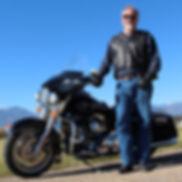 howardonbike.jpg