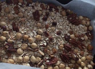Enjoy those wonderful aromas fromyour home-made Granola