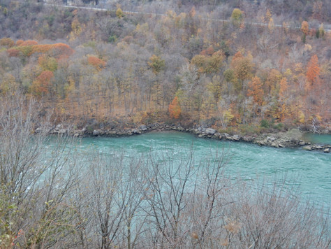 Hiking Whirlpool State Park
