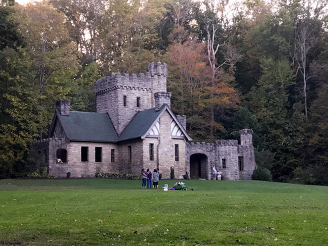 Hiking Squire's Castle