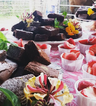 Always forget to take photos of event displays! Here are a few pics from yesterday's brownie table for an amazing 50th birthday in a barn.jpg