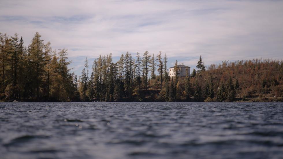 EV&YS Lake (For web) 718am WIX-007.jpg