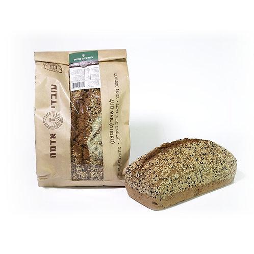 לחם שיפון וכוסמין מלא עם גרעינים - עובדי אדמה