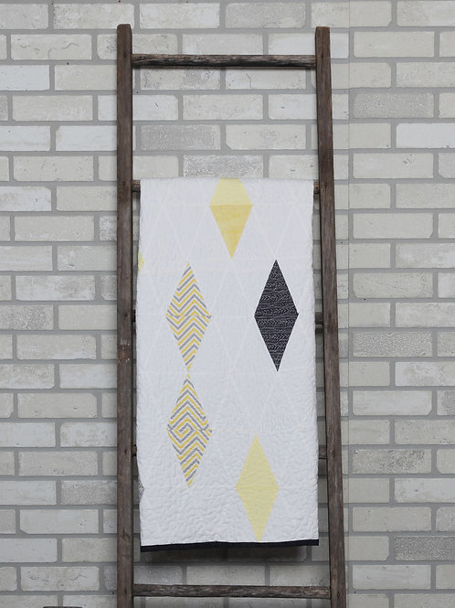 PDF Quilt Pattern Random Diamonds Crib Size pdf by Donna Westerkamp