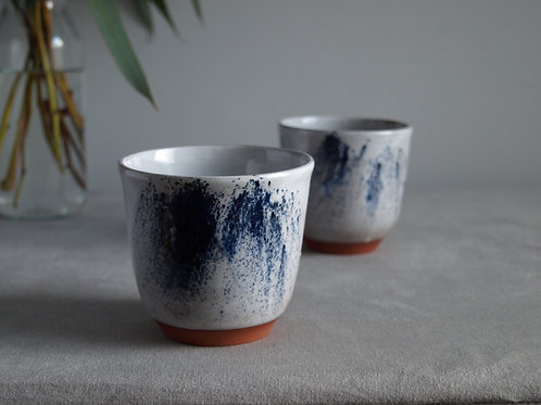 Pair of cups blue and grey