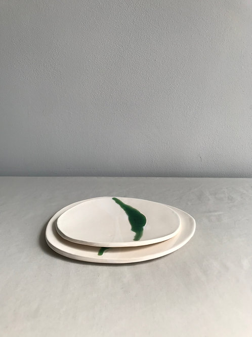 Flat dish set of two Green crackle