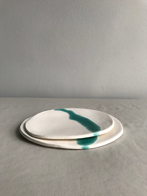 Flat dish set of two turquoise crackle