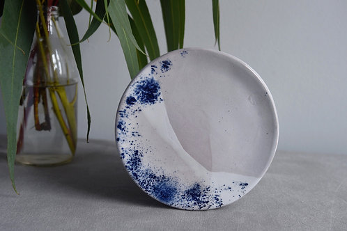 Plate set of two blue dust