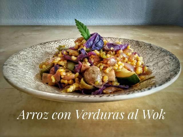 Arroz con verduras al wok