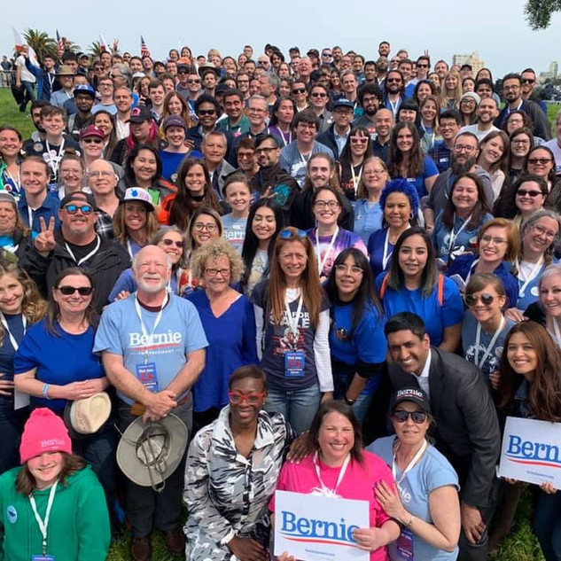 Volunteers with Bernie at his 2019 San Francisco Rally