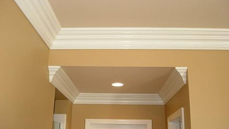 crownmolding.jpg