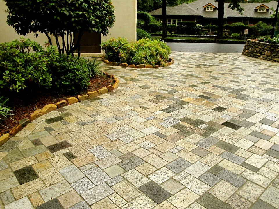 Driveway with Herringbone 3 piece pattern recycled granite pavers