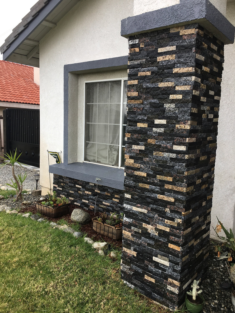 Chiseled face stone on home exterior