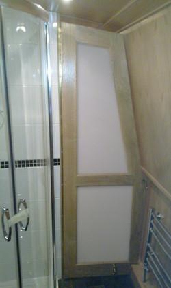 BATHROOM SHAPED OPAQUE DOOR - OAK.jpg