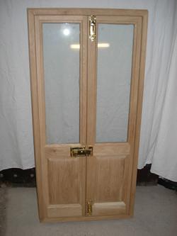 EXTERIOR DOOR - BACK - UNTREATED OAK.JPG