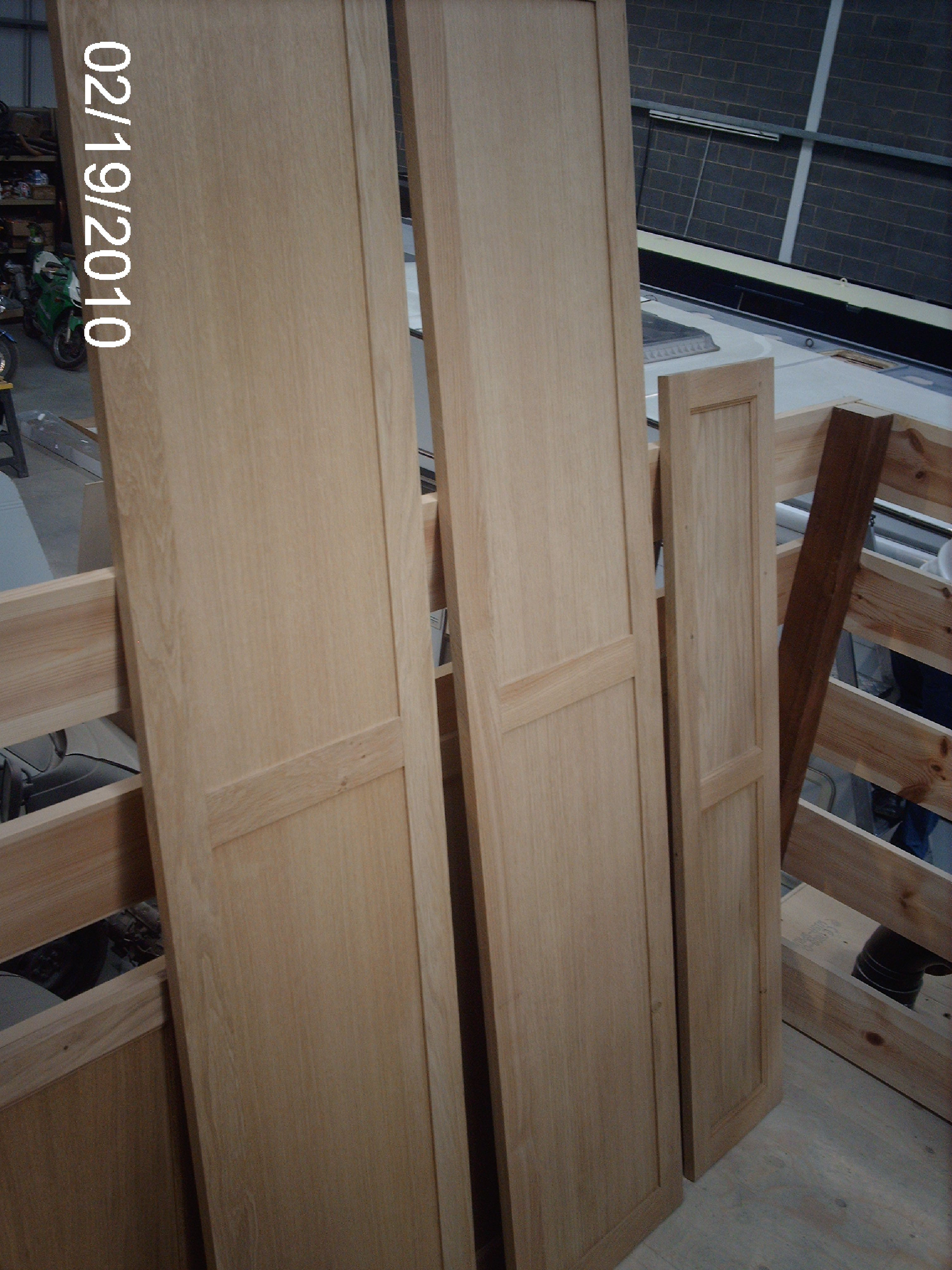 INTERIOR WARDROBE DOORS - OAK.JPG