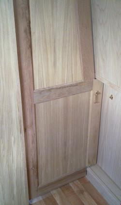 DIVIDER SHAPED  DOOR 2 - OAK.jpg