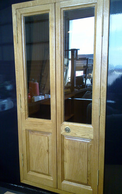 EXTERIOR DOORS 2 - OAK.jpg