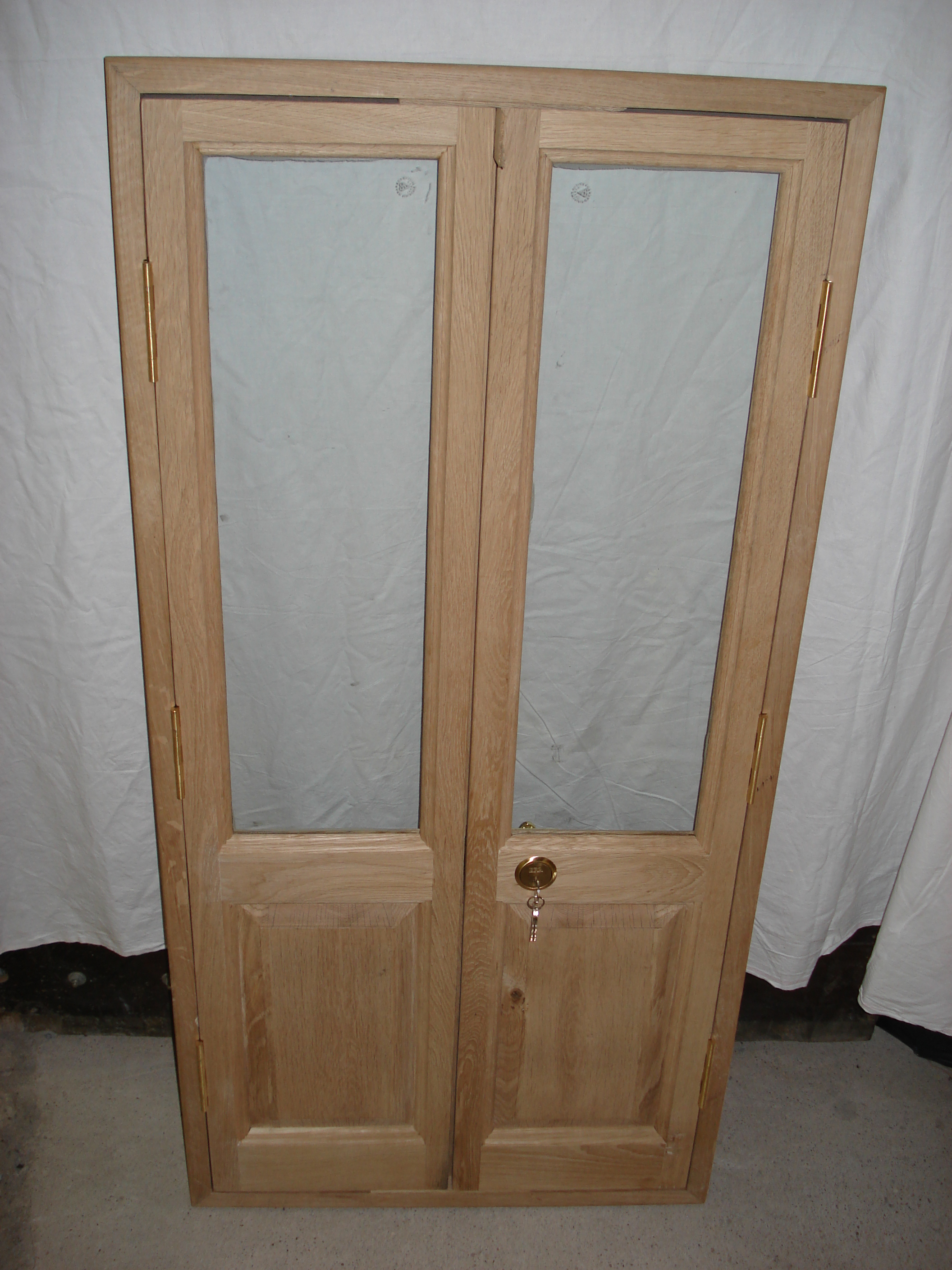 EXTERIOR DOOR - FRONT - UNTREATED OAK.JPG