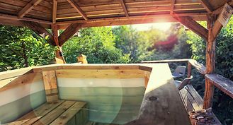 Hot Tub Eco Escape Glamping