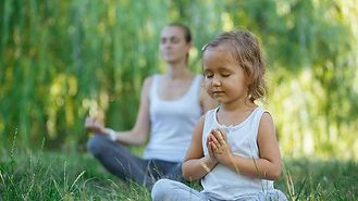 Comment apprendre à son enfant à méditer.jpg