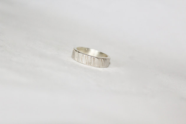Heavy textured Men's ring
