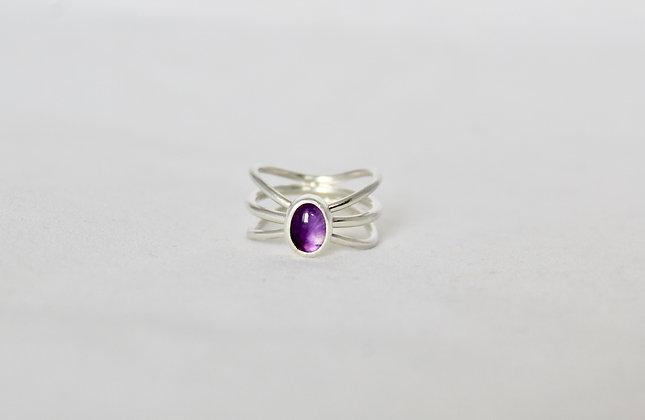 Driebandige sterling zilveren ring met amethist