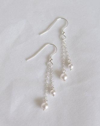 Sterling zilveren oorhangers met Swarovski® kristallen parels