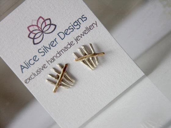 Tally stud earrings