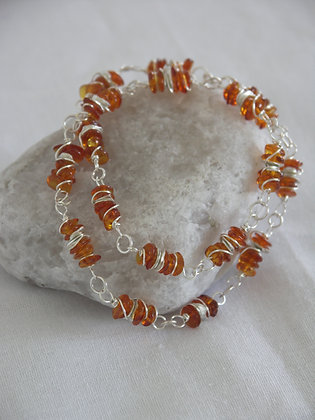 Amber necklace with silver chips