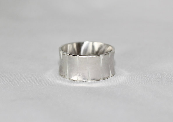 Split design, wide flared 925 sterling silver ring