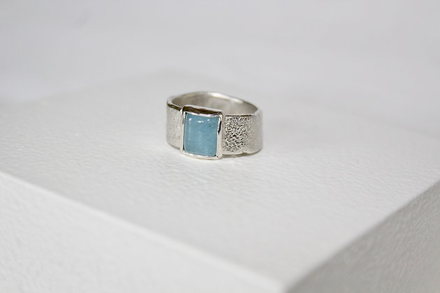 Organic cast 925 sterling silver ring with blue quartz