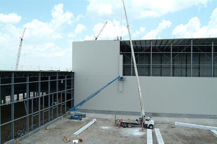 Insulated Metal Panel Setting