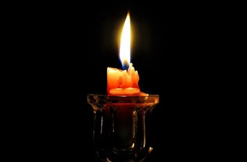 Тайны пламени свечи: как читать наплывы и полезно и смотреть на огонь?