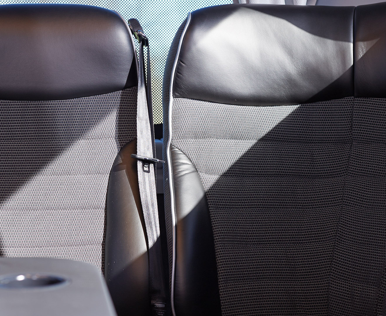 Teamliner_32Plätzer_Lounge_Sitze.jpg