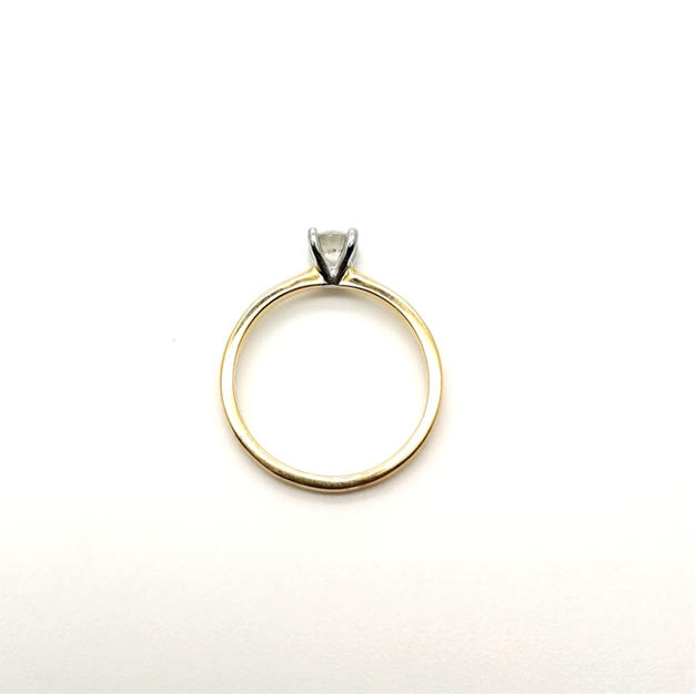 18ct gold, platinum 4-claw setting CSA049