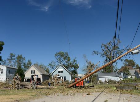 Lyz Lenz, Sam Thielman - Hurricane in Iowa, The Church of QAnon