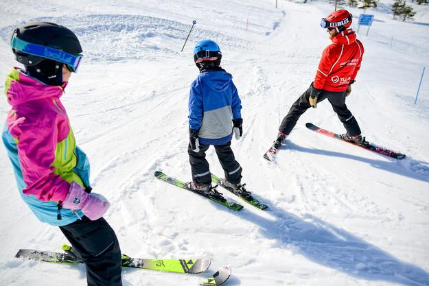 Hiihtokoulun markkinointimateriaalia / Ylläs Ski Resort