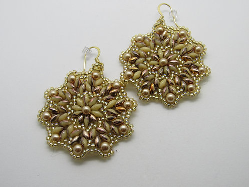 Superduo Medallion Earring Class Aug 1 (3-5)