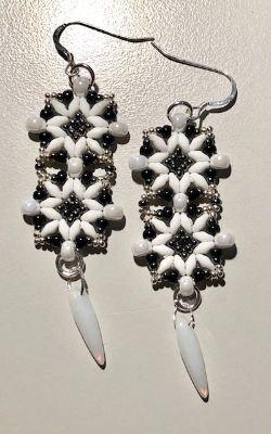 Tunisian Tile Earrings Kit