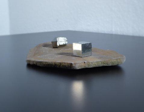 Pyrit und Sandstein