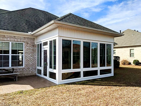 Sunrooms in Wilmington NC. Sunrooms near me. Sunroom builder near me. Sunroom contractor near me.