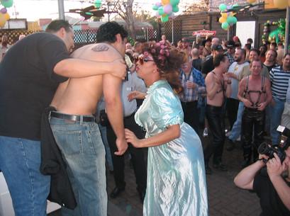 LUEY-WEEKEND-Houston-Leather-Mardi-Gras-2005021300005.jpg