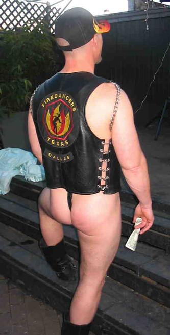LUEY-WEEKEND-Houston-Leather-Mardi-Gras-2005021200115.jpg