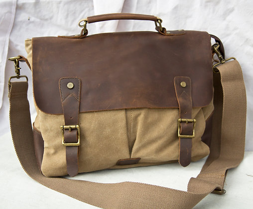 Canvas & Hunter Leather Messenger Bag