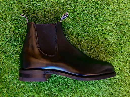 RM Williams Comfort Turnout Boot in Black Calfskin